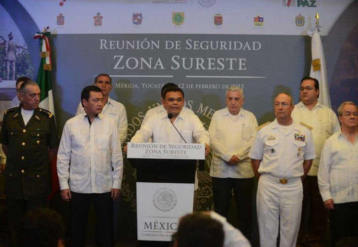 El gobernador Rolando Zapata Bello durante su intervención en la Reunión Regional de Seguridad de la Zona Sureste. (Luis Pérez/SIPSE)