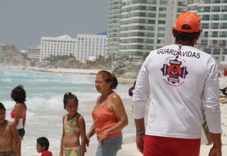 Las autoridades se encargarán de proteger a los turistas en Cancún. (Consuelo Javier/SIPSE)