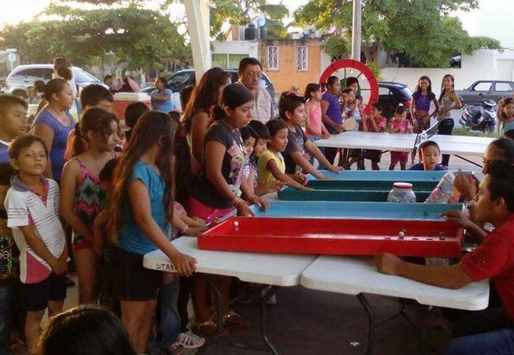 El programa 'Domingos familiares' festejará su segundo aniversario este domingo en la Plaza 28 de Julio. (Luis Ballesteros/SIPSE)