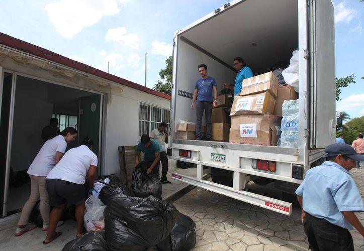 Se trata del séptimo camión que los solidarenses mandan a los estados afectados por los sismos. (Foto: Redacción)