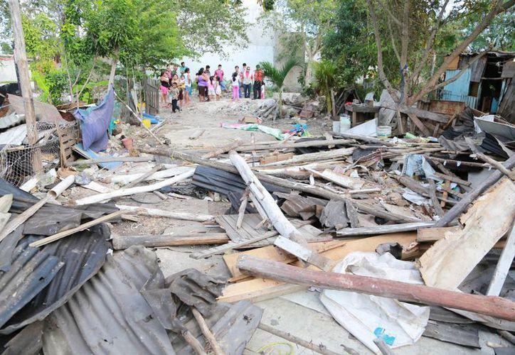 Los colonos perdieron un juicio civil y les derrumbaron sus viviendas. (Luis Soto/SIPSE)