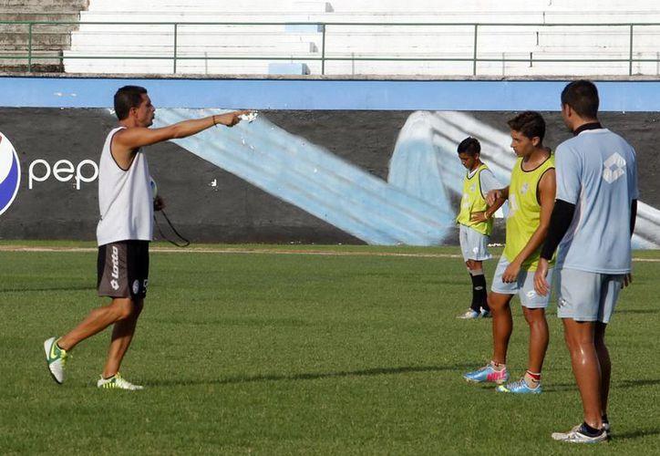 El equipo del Mérida se prepara para su duelo ante los Potros de Hierro. (Milenio Novedades)