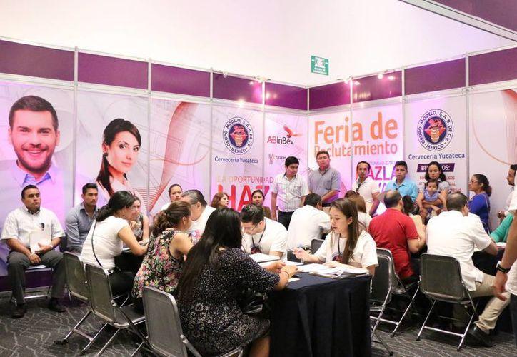Además de la Feria del empleo realizada por Grupo Modelo este sábado en Mérida, se realizará una feria más en los próximos días en el municipio de Hunucmá. (Fotos: José Acosta/Milenio Novedades)