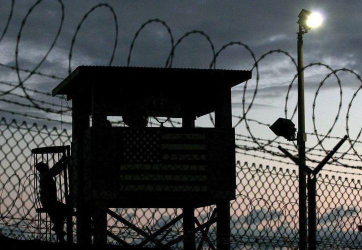 EU no ha dispuesto oficialmente el cierre de la prisión de Guantánamo ni la devolución a Cuba de la Base Naval. (EFE/Archivo)