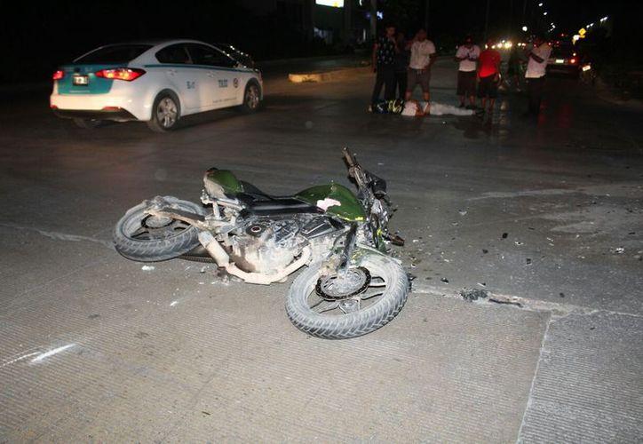Entre los objetos robados estaban el celular y la cartera del taxista. (Foto: Redacción/SIPSE)