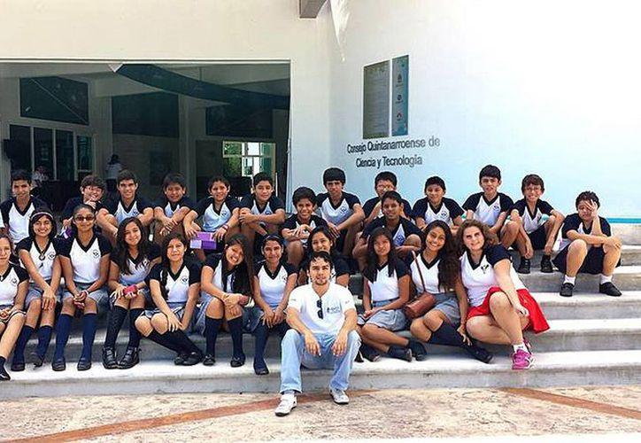 """Presentan la conferencia  """"La Península que surgió del Mar"""" en el Planetario de Cancún. (Redacción/SIPSE)"""