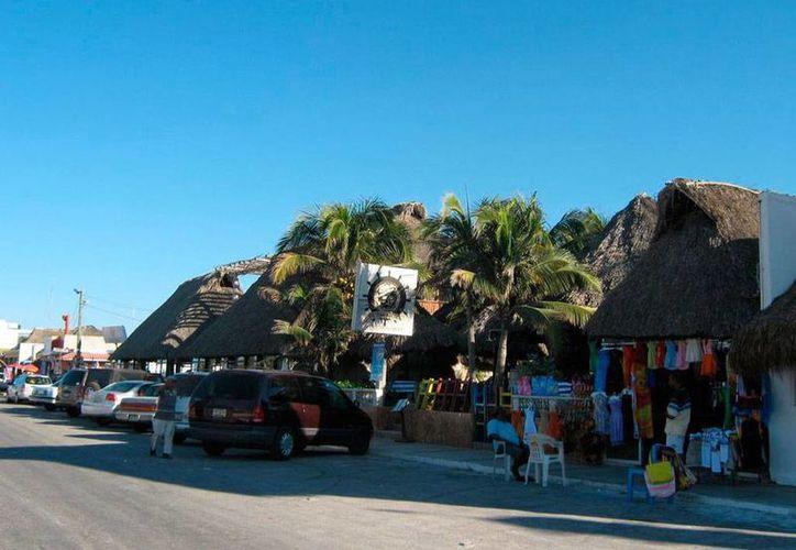 El restaurante que fue 'cliente' de los amantes de lo ajeno, en Progreso. (SIPSE)