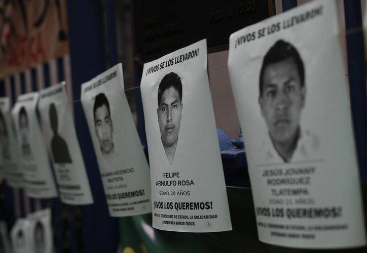México carece de una base de material genético para identificar posibles restos de personas desaparecidas; expertos indican que para ello faltan recursos y personal. (AP)