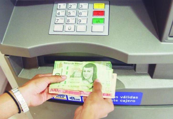 En la entidad hay más de mil cajeros automáticos. (Archivo/SIPSE)