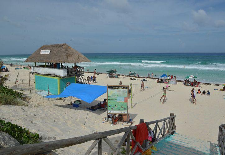 En la playa San Martin se registran los más altos porcentajes de rescates y muertes por ahogamiento. (Foto: Gustavo Villegas/SIPSE)