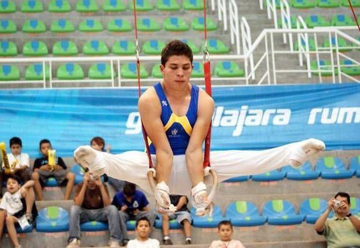 Jaime Romero buscaría en Escocia el pase a los Olímpicos de Río de Janeiro 2016. (mediotiempo.com)