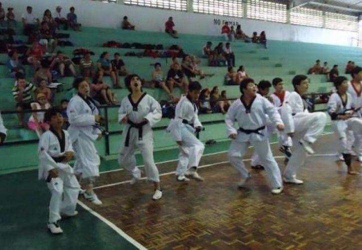 Los seleccionados tuvieron un intenso entrenamiento. (SIPSE)
