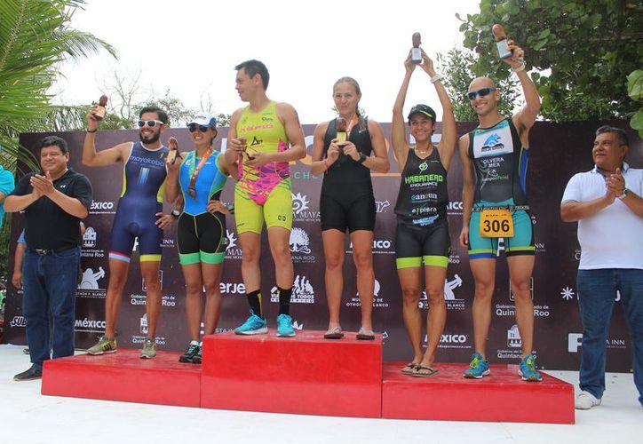 Chetumal y Calderitas volvieron a ser excelentes anfitriones del Triatlón Blackout. (Miguel Maldonado/SIPSE)