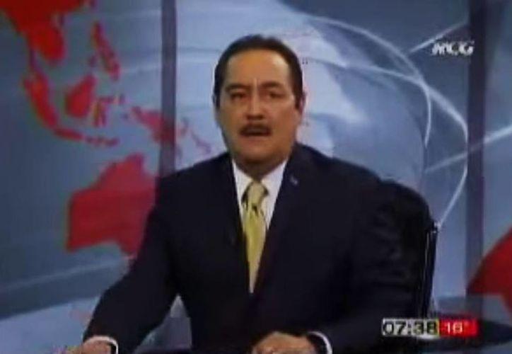El periodista Marcos Martínez Soriano realizó declaraciones impropias acerca de Joaquín López Dóriga y Carlos Loret de Mola al aire. (Captura de pantalla/YouTube)