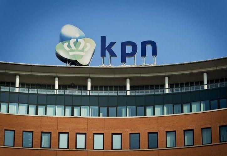 Imagen del edificio corporativo de la empresa de telecomunicaciones KPN en La Haya, Holanda. (EFE/Archivo)