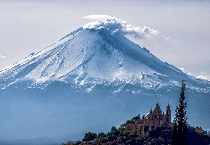 En México existen glaciares en el Pico de Orizaba (Citlaltépetl), en el Popocatépetl y en el Iztaccíhuatl. (Foto: Twitter)