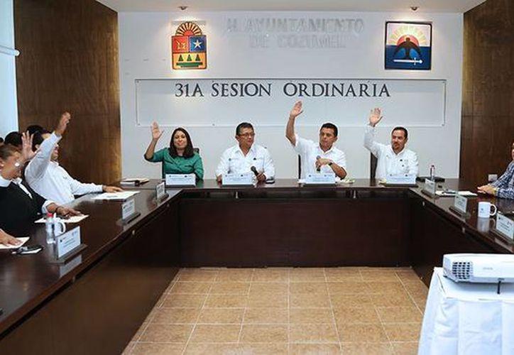 El presupuesto de egresos 2015 de Cozumel fue aprobado hoy durante la trigésima primera Sesión Ordinaria de Cabildo. (Redacción/SIPSE)