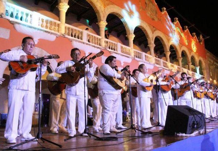 Autoridades anunciaron este sábado que del día 2 al 7 de enero se hará el cierre de la calle 60, entre 61 y 63, del Centro de Mérida, por el magno evento del 475 aniversario de la ciudad y por su nombramiento como Capital Americana de la Cultura 2017. (Foto de archivo de SIPSE)