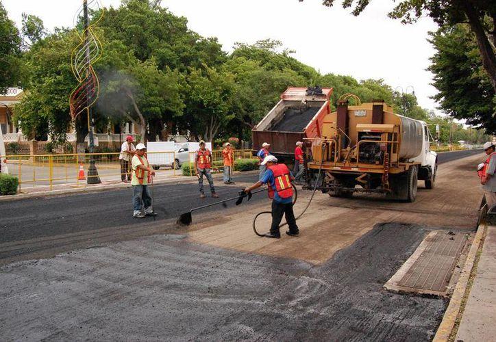 Avanzan a buen ritmo las obras en Paseo de Montejo. (Wilberth Argüelles/SIPSE)