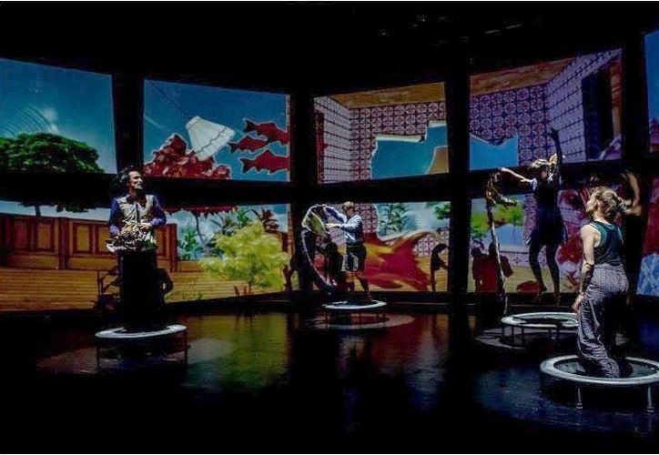 Este martes 1 de noviembre, en el teatro 'Daniel Ayala Pérez' se presenta la obra 'Vuelo de altura o por qué llorar'. (Milenio Novedades)
