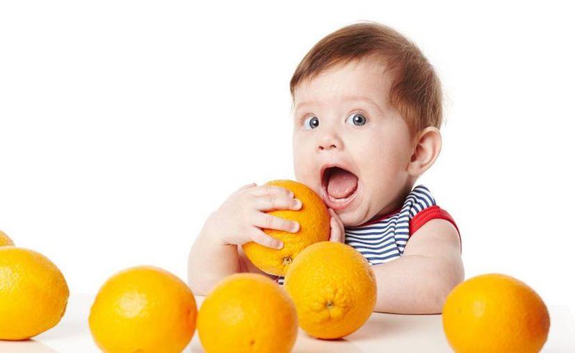 Las frutas son ricas en vitaminas y ayudarán a tus hijos a prevenir enfermedades durante esta temporada. (Foto: En Pauta)