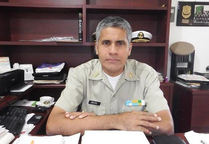 El titular de la Capitanía de Puerto de Progreso, Bernardo Crespo Silva, informó que está pendiente de que las embarcaciones de recreo respeten la ley. (Óscar Pérez/SIPSE)