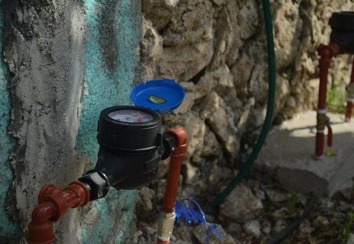 Los dispositivos se están instalando en las colonias Constituyentes, Juan Bautista y Francisco May del municipio. (Redacción/SIPSE)