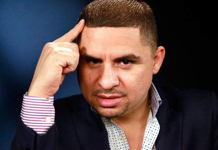 Larry Hernández, cantante de narcorridos, acusado de secuestro, está en camino a su nueva 'casa': la cárcel de Newberry en Carolina del Sur. (Archivo/AP)