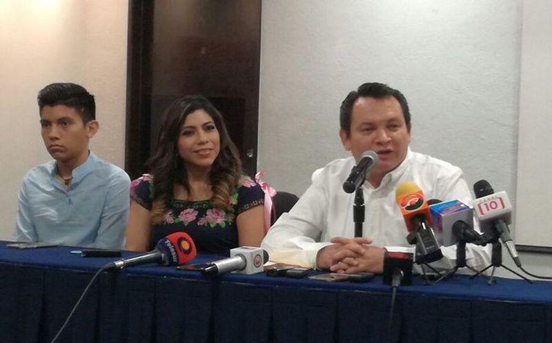 Joaquín Díaz Mena anuncia que irá a tribunales por decisión panista de postular a Raúl Paz Alonzo. (Foto: Israel Cárdenas)