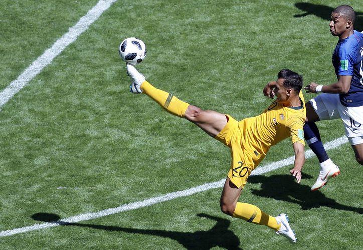Australia ha hecho un Mundial decente, pero ahora requiere una combinación de resultados para no quedar eliminado (Foto archivo AP)