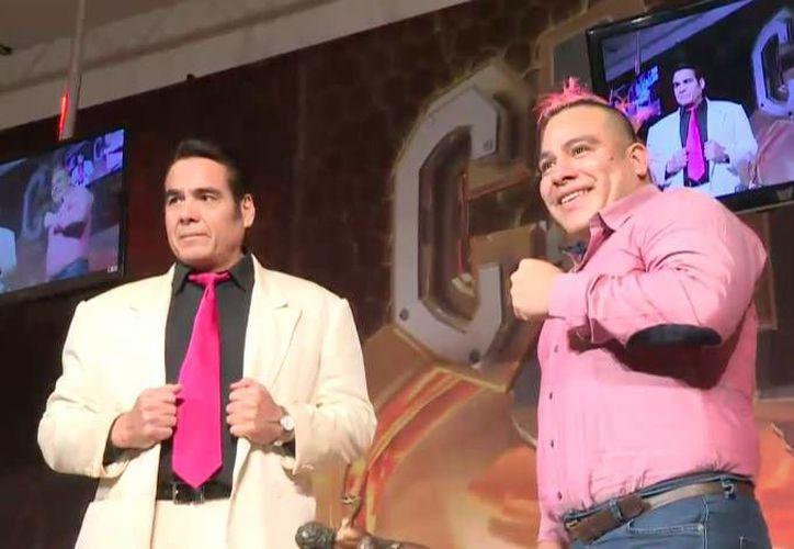 El Consejo Mundial de Lucha Libre (CMLL) arrancará actividades del 2017, con la pelea de cabelleras entre Máximo y Máscara Año 2000. (Foto tomada de Luchas 2000)