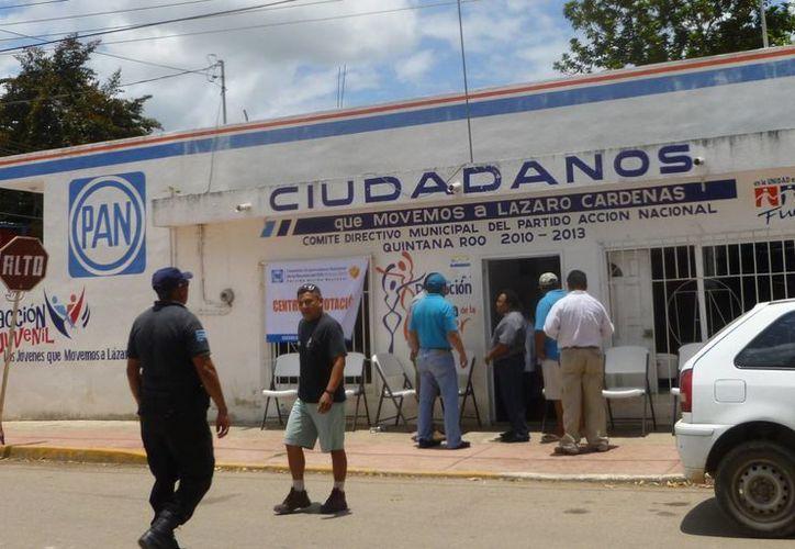 Las actividades se desarrollaron en las oficinas del PAN. (Raúl Balam/SIPSE)