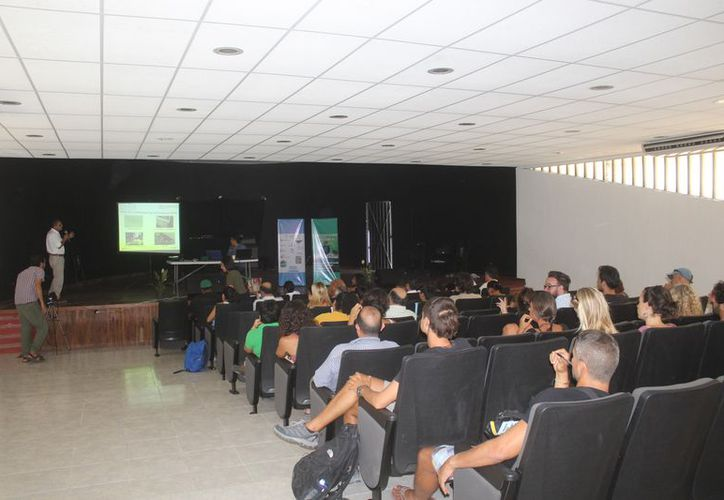 El foro fue organizado por la Dirección de Ecología municipal. (Sara Cauich/SIPSE)
