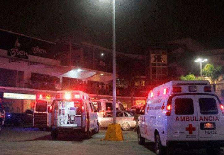 De acuerdo con las primeras investigaciones, el ataque al bar RE ocurrió en las primeras horas de este lunes, durante la fiesta que el negocio realizaba para festejar a sus empleados por el fin de año. (Milenio Digital)