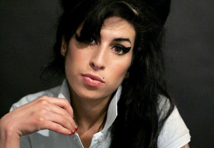 Amy Winehouse fue hallada muerte en su residencia en Londres en julio de 2011. (lifeboxset.com/Archivo)
