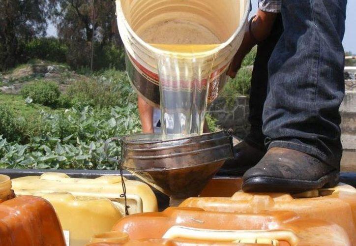 En Puebla se han detectado 10 mil lugares en donde se comercializa la gasolina robada de ductos de Pemex. (El Mañana de Reynosa)