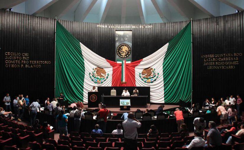 En sesión ordinaria de la XIII Legislatura, la solicitud de licencia fue aprobada por unanimidad por los representantes populares. (Jorge Carrillo/SIPSE)