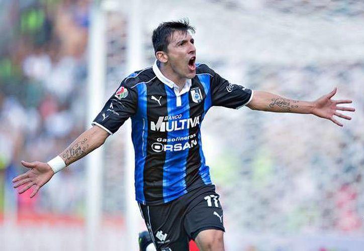 Édgar Benítez, en el minuto 53, consiguíó el gol que le da un respiro a su técnico, Victor Manuel Vucetich. (Liga MX)