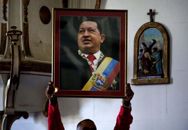 Hugo Chávez está en Cuba tratándose un cáncer. (Agencias)