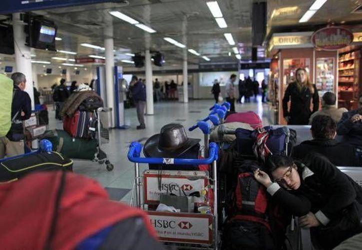 Una vez que se supo de los pasajeros enfermos no hubo necesidad de desviar el vuelo. (Agencias/Contexto)