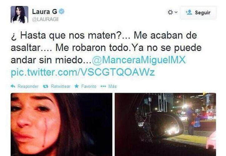 Laura G eliminó de su cuenta de la red social la fotografía donde aparecía ensangrentada. (Twitter)