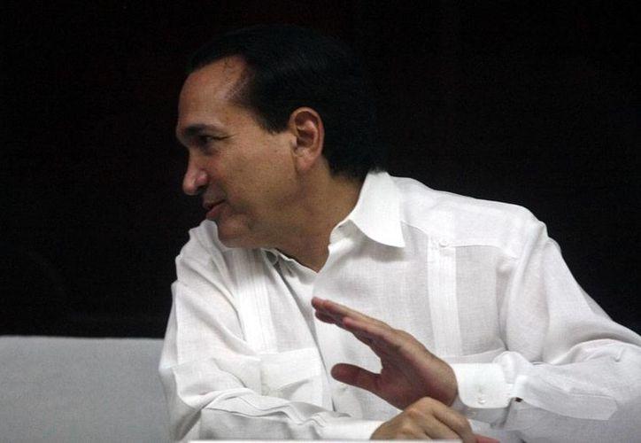 José Manuel López Campos, presidente de la Canaco-Mérida, pide hacer un solo salario mínimo en todo el país. (Milenio Novedades)