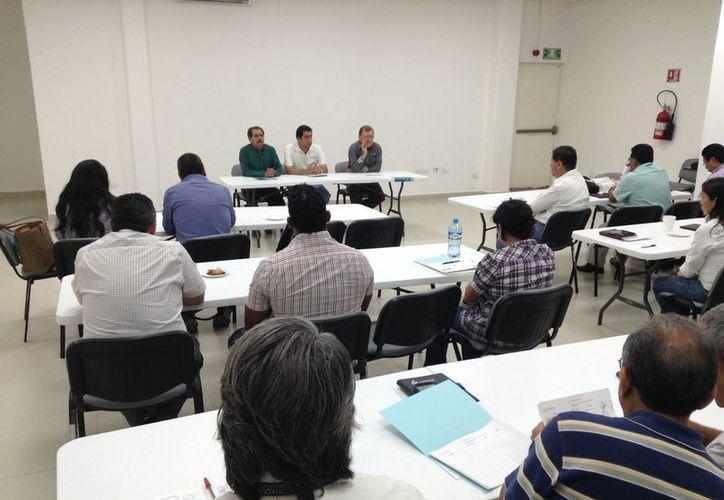 En un taller dirigido a funcionarios de gobierno de seis estados del país, entre ellos Yucatán, exhorta el director de Conagua en Yucatán a impulsar el tratamiento y reuso de aguas residuales. (Foto: Conagua)
