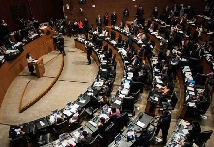 El PRI apuntó que Morena avaló el dictamen por indicación del presidente Andrés Manuel López Obrador. (Excélsior)