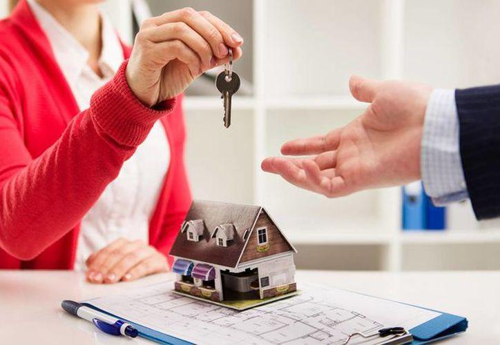 Si quieres vivir solo, es bueno empezar a ahorrar para comprarte una casa. (Foto: Contexto/Internet)