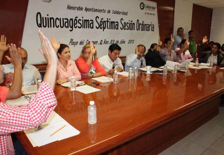 El Cabildo de Solidaridad durante su sesión ordinaria. (Adrián Barreto/SIPSE)