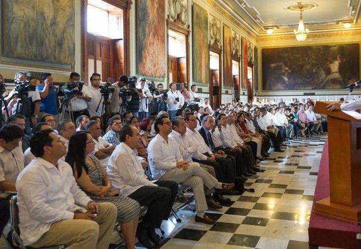 La inauguración del XVI Congreso Nacional de Derecho Agrario en México y II Internacional, en el Salón de los Retratos de Palacio de Gobierno. (SIPSE)