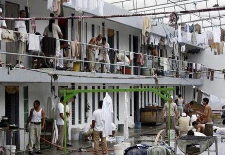 Unas 220 cárceles en México están muy por encima de su capacidad. (Archivo/SIPSE)