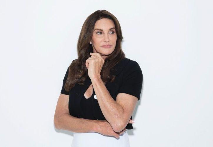 Caitlyn Jenner, promociona su libro autobiográfico 'Los secretos de mi vida', en donde comenta que luchó para descubrir su verdadero ser. (Foto: AP)