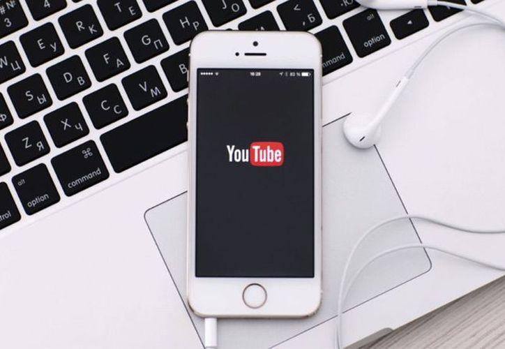 Este formato se hizo popular en aplicaciones como Snapchat, Instagram y Facebook. (Contexto/Internet).